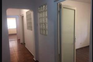 Apartament Calea Mosilor intersectie cu Eminescu