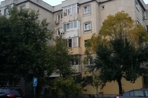Apartament 4 camere 99.5mp