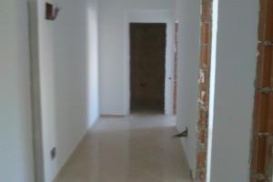 Apartament cu 3 camere de vânzare în zona Dristor