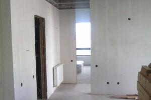 Apartament cu 2 camere de vânzare în zona 13 Septembrie