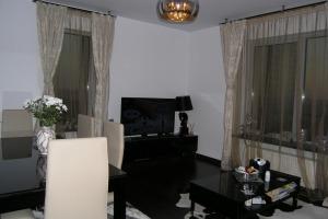 Apartament 4 camere lux Delta Vacaresti