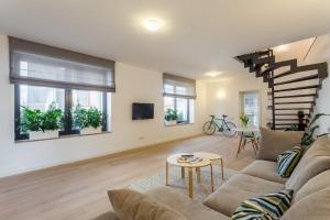 Apartament 4 camere duplex zona Victoriei