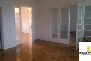 Apartament cu 4 camere în zona Iancului
