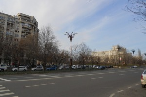 Apartament cu 3 camere  în zona Libertatii