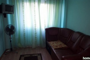 Apartament cu 3 camere în zona Panduri