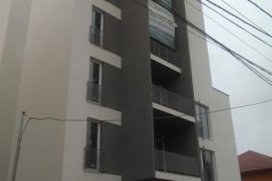 Apartament cu 3 camere în zona Veteranilor