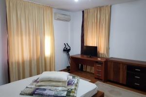 apartament 3 camere mobilate lux Soseaua Nordului. 800 Euro,,