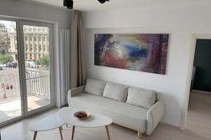 Apartament 3 camere, ultracentral, P-ta Romana