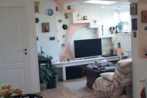 Apartament 3 camere in vila, zona Unirii-11 Iunie