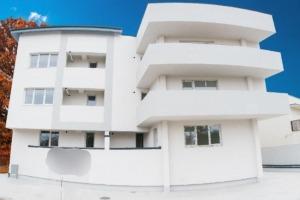 Apartament3 camere zona Camil Ressu