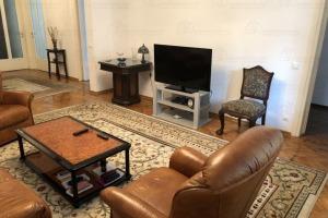 Apartament 4 camere zona Mihai Eminescu
