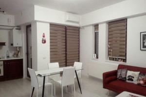 Apartament 3 camere zona Nerva Traian