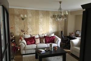 Apartament lux 3 camere zona petre ispirescu