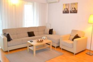 Apartament 3 camere zona Stefan cel Mare