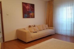 Apartament 2 camere zona Vitan