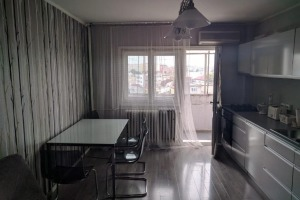 Apartament Mosilor transformat in 3 camere.