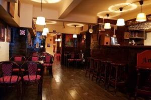 Cafenea  Unirii in bloc reconsolidat