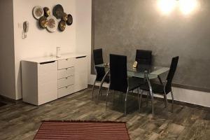 3 camere decomandat utilat complet mobilat lux