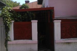 Casă / Vilă cu 2 camere  în zona Chirigii