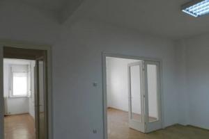 110000 eur/1500 lei,Cismigiu-Sala Palatului, bloc consolidat ,et.3,84mp