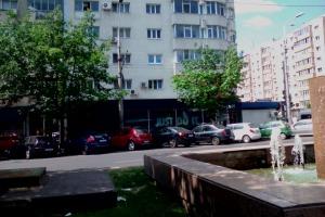Cladire stradala cu parcare prorie 1000mp Jiului