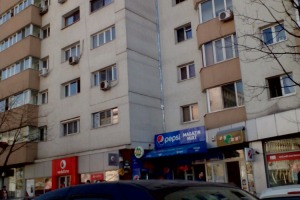 Spațiu comercial stradal 45mp cu vad