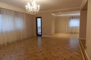 Dorobanti - Apartament 5 camere, 155mp (Living, Birou, 3 Dormitoare)