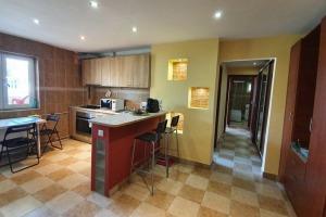 Dorobanti, Floreasca, 3 camere, bloc renovat, zona linistita