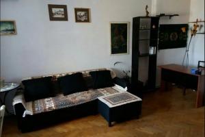 Eminescu Piata Gemeni apartament 3 camere decomandat mobilat utilat