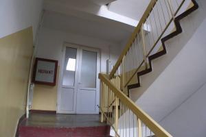 Galati cladire+ teren 2800mp cu activitate hoteliera