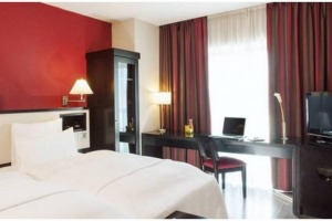 Hotel  4 stele   80 camere Piata Unirii