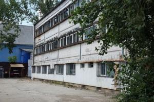 Spațiu industrial de 300mp de închiriat în zona Basarabia