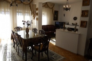 KISELEFF APARTAMENT IN VILA