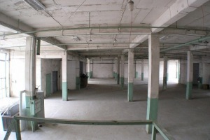 Parter 450mp Spatiu depozitare , productie ,Birouri 6Euro/mp