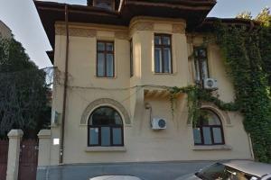 ...Romana !!!, construita in anul 1930 in stil eclectic
