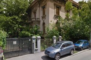 Romana, Vila de Patrimoniu S+P+1+M, pentru INVESTITIE!