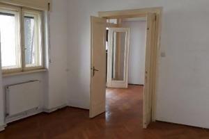 Tineretului apartament in vila, zona deosebita