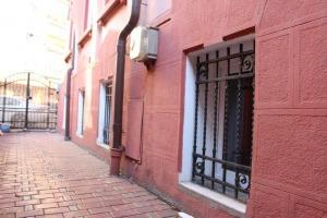 Universitate-Batistei,10 camere