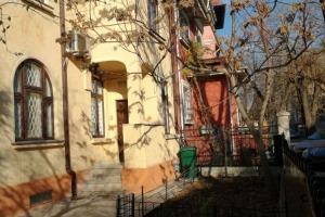 Vila Cotroceni S+P+1E+M 8 camere curte, gradinita/birouri etc