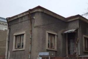 Vila Dacia-Biserica Silvestru