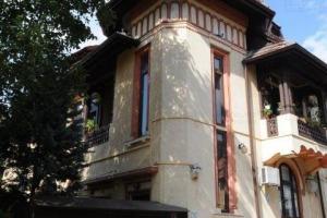 vila interbelica -zona Cismigiului- amenajari lux-clasic