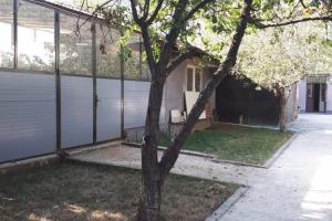 P+1 zona Parcul Carol curte mare pt Productie Depozitare Birouri